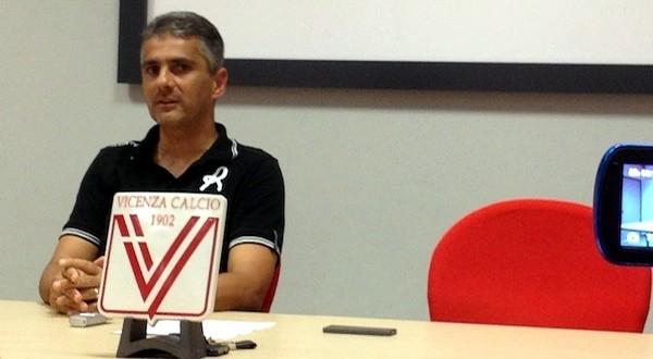 """Domani c'è Vicenza – Bari. Lopez: """"Tutti ci fanno i complimenti"""""""