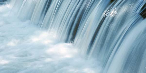 acqua-cascata-primo-piano