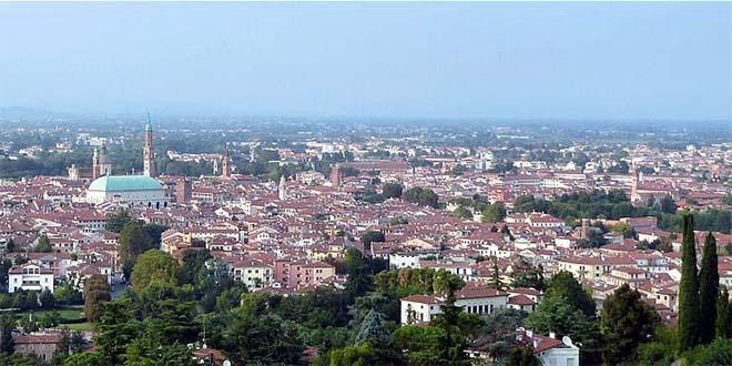 Vicenza, M5S in corteo per un futuro sostenibile