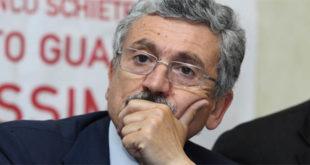 D'Alema a Fornaci Rosse apre la campagna per il No