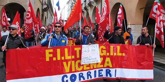 Manifestazione dei corrieri a Vicenza