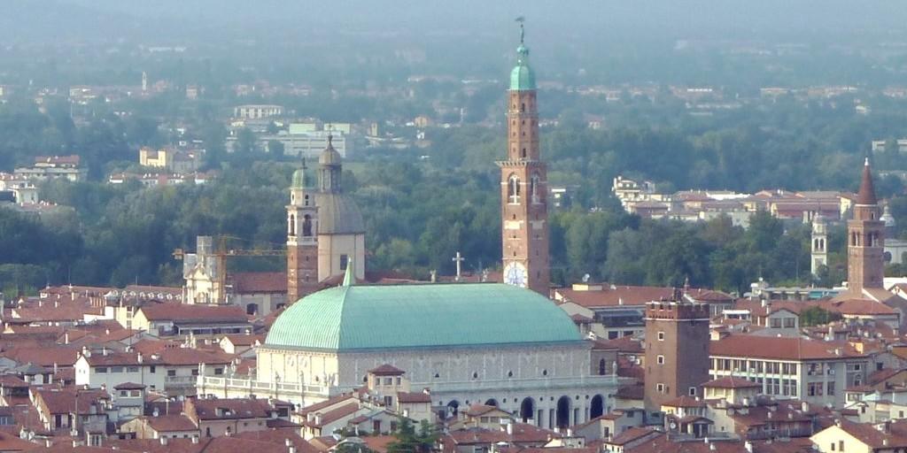 Basilica palladiana, pubblicato bando per gestione del bar in terrazza