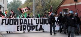 Già un anno fa gli striscioni della manifestazione a Vicenza di Forza Nuova erano contro l'Europa....