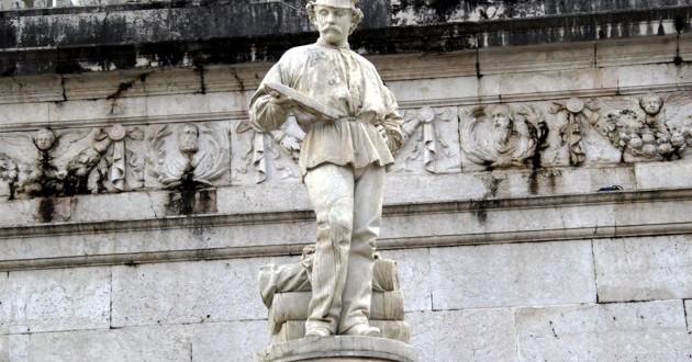 Schio, monumento al Tessitore