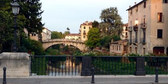 Vicenza - Il fiume Retrone e i suoi ponti
