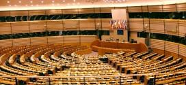 L'emiciclo di Bruxelles del Parlamento europeo - Foto: Alina Zienowicz - Lic. http://creativecommons.org/licenses/by-sa/2.5/deed.it