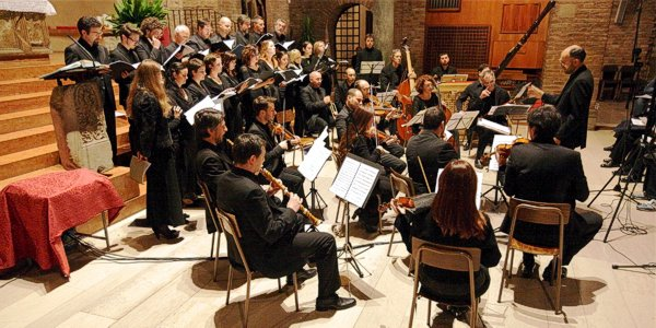 Il Coro e Orchestra Barocca Andrea Palladio, diretti da Enrico Zanovello
