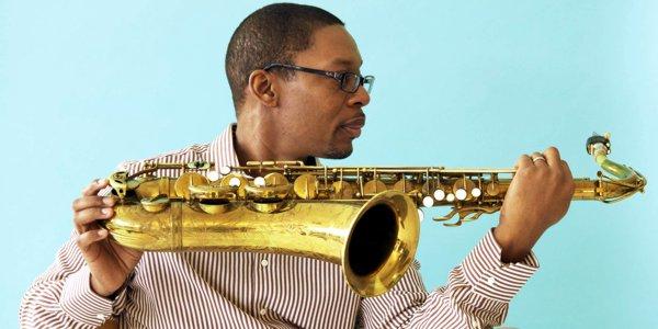 Ravi Coltrane, in uno scatto di Deborah Feingold