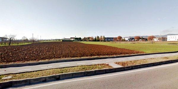 L'area di Via De Gasperi, a Brendola, dove si costruiranno gli alloggi a condizioni agevolate