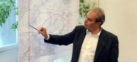 Il sindaco di Vicenza Variati mentre illustra le sue proposte per la nuova tangenziale