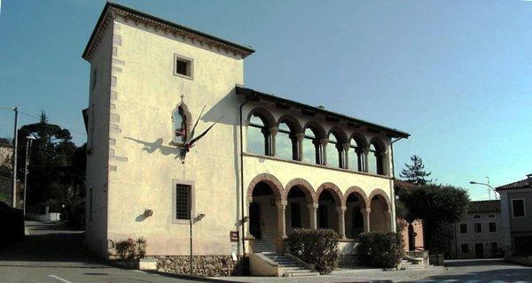 Villa Piovene, sede municipale di Brendola - Foto: Nicky 94 (creativecommons.org/licenses/by-sa/3.0/)