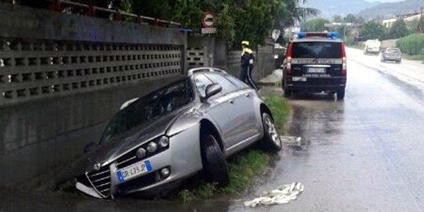 L'auto rimasta vittima del pirata della strada ad Arzignano