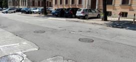 Via Carlo del Prete, a Thiene, come si presenta oggi, prima dell'intervento di sistemazione