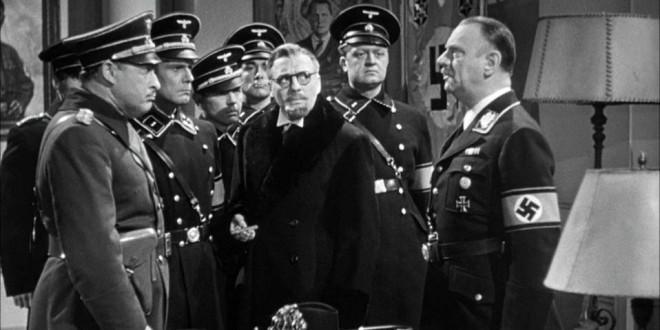 """Una scena del film, del 1942, """"To be or not to be"""", (in italiano con il titolo """"Vogliamo vivere""""), di Ernst Lubitsch"""