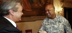 Il sindaco di Vicenza Achille Variati ed il generale Darryl Williams