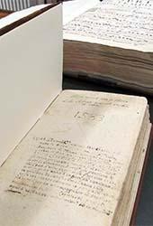 libro-antico-2-small