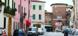 Vicenza, la Porta e il Borgo di Santa Lucia - Foto: Claudio Gioseffi (creativecommons.org/licenses/by-sa/3.0)