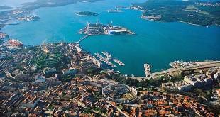 Veduta aerea sulla città istriana di Pola - Foto: Orlovic (CC)