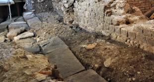 Veduta dell'area di scavo con la strada romana (archivio della Soprintendenza ai beni archeologici del Veneto)