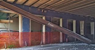 Il sottopasso di Campedello danneggiato dal camion militare americano