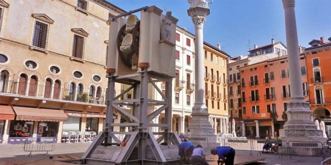 La Rua in allestimento in Piazze dei Signori, a Vicenza