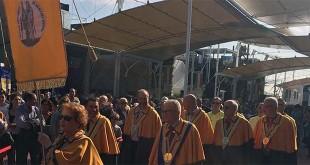 Sfilata della Confraternita del bacalà alla vicentina tra i padiglioni dell'Expo