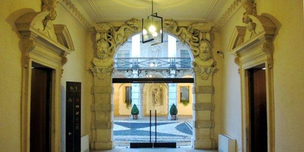 Palazzo Leoni Montanari, il cortile - Foto: Sailko (CC 3.0)