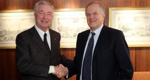 Un stretta di mano, tra Gianni Zonin e Stefano Dolcetta, che apre una fase nuova in BpVi