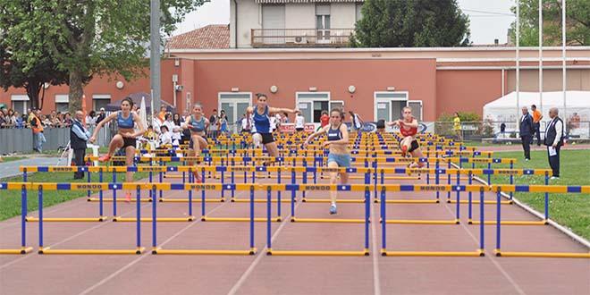 """La pista d'atletica dell'impianto """"G. Perraro"""", a Vicenza, in via Rosmini"""