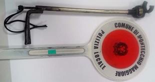 Lo strumento per la manomissione del cronotachigrafo sequestrato dalla Polizia locale