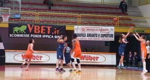 Momento di una sfida tra Schio e Cagliari in un'immagine d'archivio