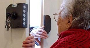 Thiene, sventata truffa ad anziana con petardo