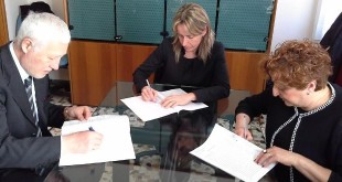 Il momento della firma del contratto