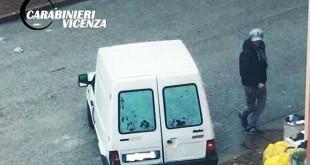 Il furgoncino usato dai ladri