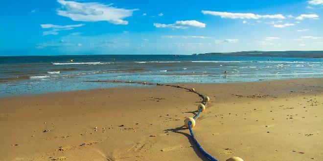 https://www.vicenzareport.it/wp-content/uploads/2016/03/mare-spiaggia.jpg