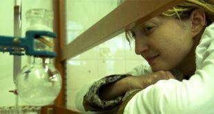 """Alba Rohrwacher nel film """"Con il fiato sospeso"""""""
