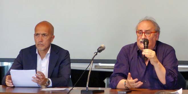 A destra, il prefetto di Vicenza, Eugenio Soldà. Al suo fianco viceprefetto Massimo Marchesiello