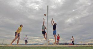 Una partita di beach volley, immagine di repertorio