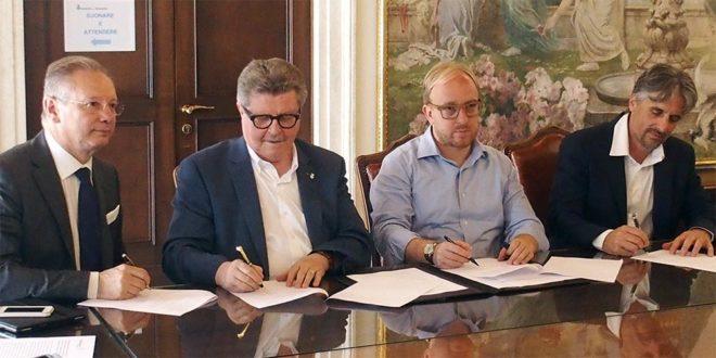 da sinistra: Agostino Bonomo, presidente di Confartigianato Vicenza, il sindaco di Arzignano, Giorgio Gentilin, il sindaco di Chiampo, Matteo Macilotti, e Ruggero Camerra, presidente del Mandamento Confartigianato di Arzignano-Montecchio.