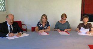 La firma dell'accordo nella sede di Confcommercio Vicenza. Da sinistra, Sergio Rebecca, Grazia Chisin, Lorenza Leonardi e Marina Bergamin