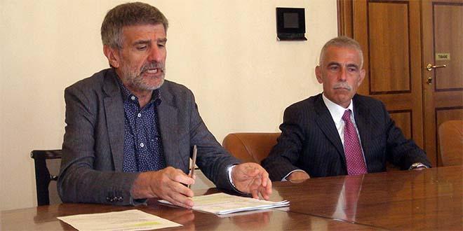 A sinistra, il presidente di Svt, Angelo Macchia e a destra, il direttore generale della società, Umberto Rovini