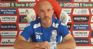 Il tecnico del Vicenza Calcio Franco Lerda