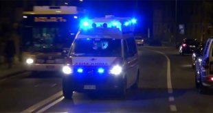 Incidente stradale - In auto contro un albero. Muore un uomo di 46 anni