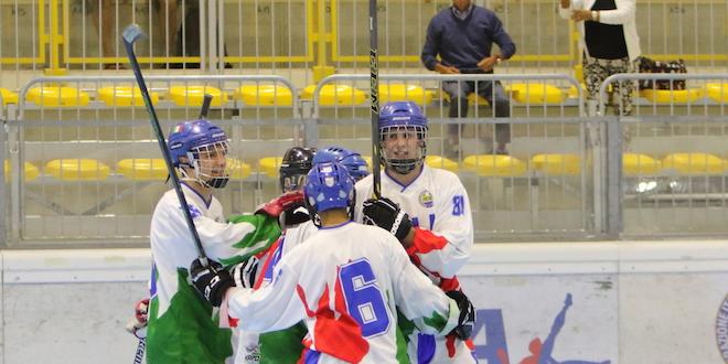 L'esultanza degli azzurri dopo la vittoria contro la Svizzera. Foto di Roberta Strazzabosco