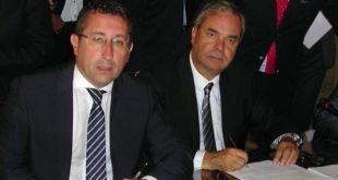 Gianluca Forcolin e Achille Variati al momento della firma dell'intesa
