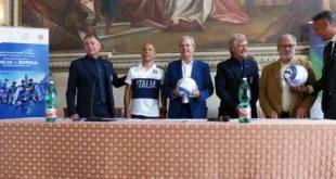 Da sinistra, Bottaro, Di Biagio, Variati, Antognoni, Nicolai e il dg del Vicenza Calcio, Andrea Gazzoli