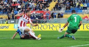 IL gol di Raicevic che ha dato la vittoria la Vicenza