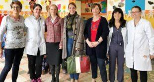 L'assessore regionale all'istruzione Donazzan, al centro, durante la visita di questa mattina ad Arcugnano