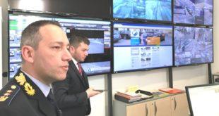 Il comandante del Consorzio di polizia locale Valle Agno, Vani, e dietro il presidente del Consorzio, Lanaro