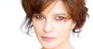 """Laura Morante protagonista al Comunale di Thiene con """"Locandiera B&B"""" (foto di Gianmarco Chieregato)"""